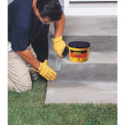 Quikrete Commercial Grade Quick Setting Cement Image 2