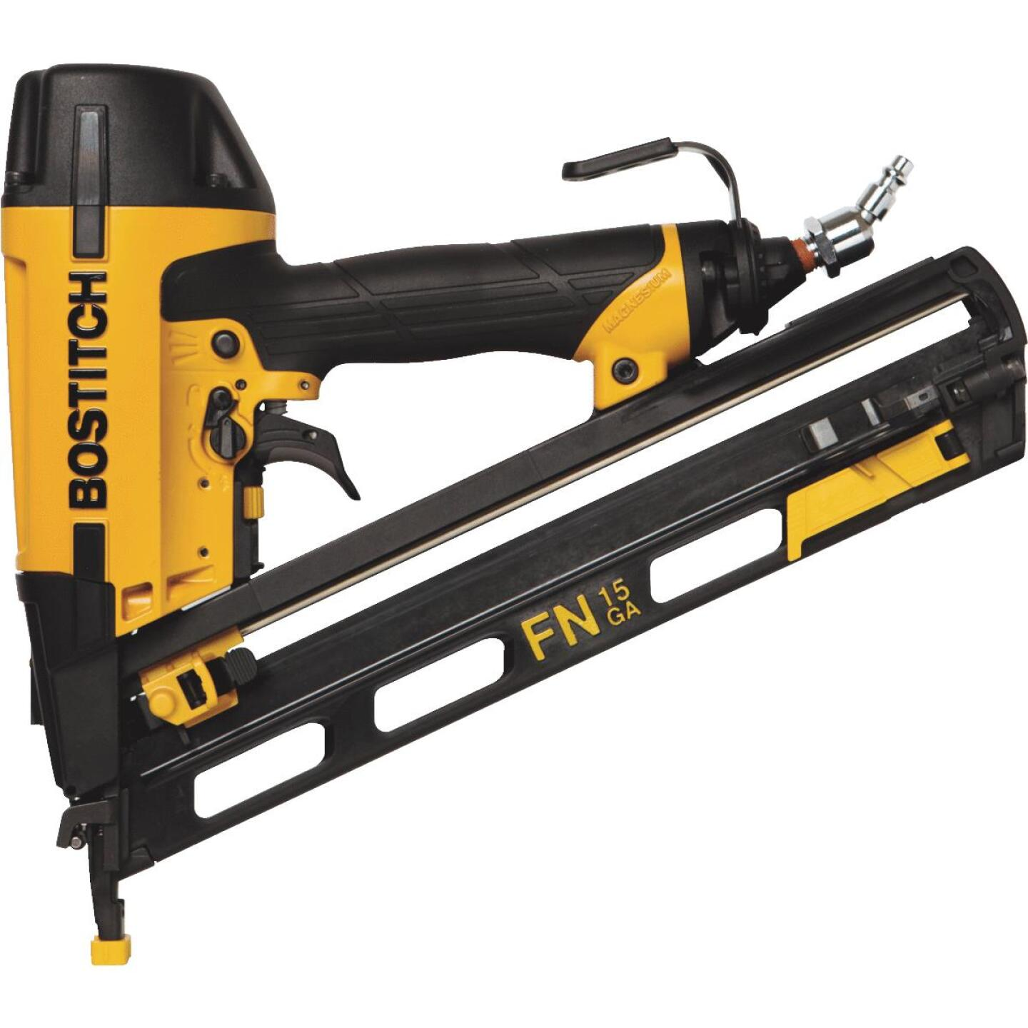 Bostitch 15-Gauge 2-1/2 In. Angled Finished Nailer Image 1