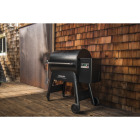 Traeger Ironwood 885 Black 38,000 BTU 885 Sq. In. Wood Pellet Grill with Pellet Sensor Image 3